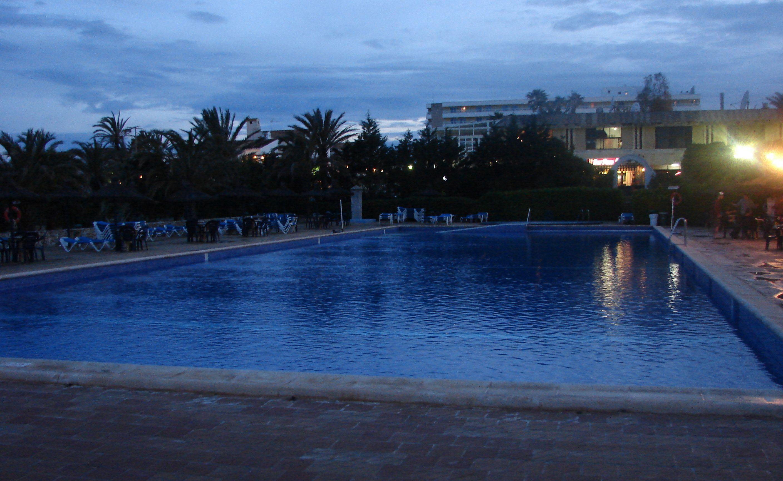 la piscine de 50 m tres